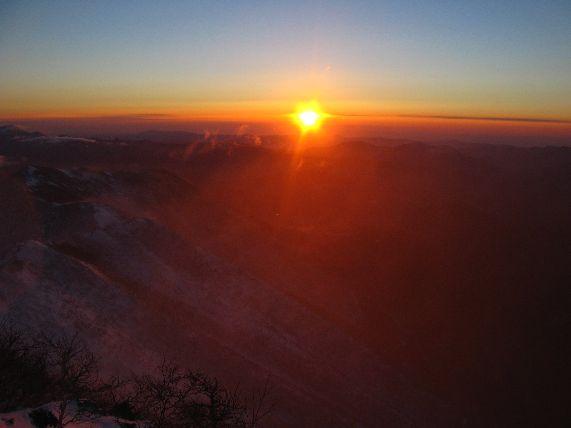 Морской восход с вершины горы Облачной 1854. (До берега – ок. 60 км)